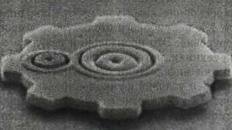 Рис. 3. Электронная микротопография узла микропривода из кремния диаметром 50 мкм