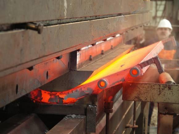 Формовочное покрытие Molykote HTF для метода горячей штамповки