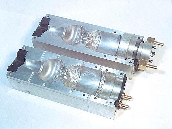 Пресс-форма для производства ПЭТ-бутылок
