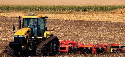 Смазочные материалы Molykote и продукты Permabond для обслуживания сельскохозяйственной техники